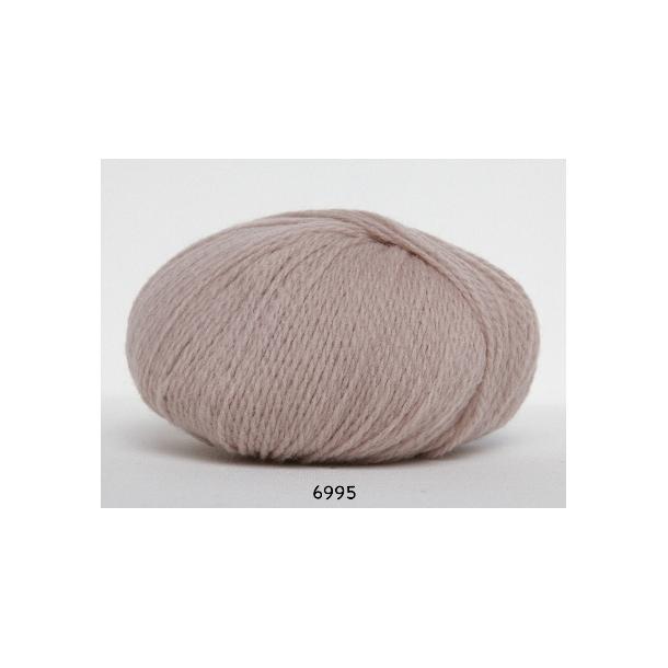 Highland fine wool     fv 6995