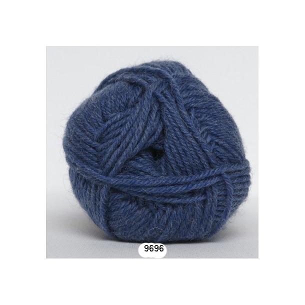 Kamgarn sw uld        fv 9696